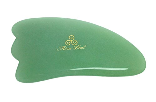 Jade massage tool made of natural stone with 3-corners