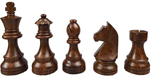 Piezas de ajedrez de madera