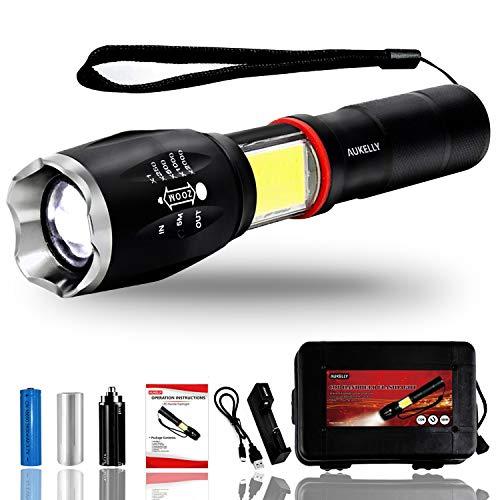 Linterna led de mano resistente al agua con batería recargable